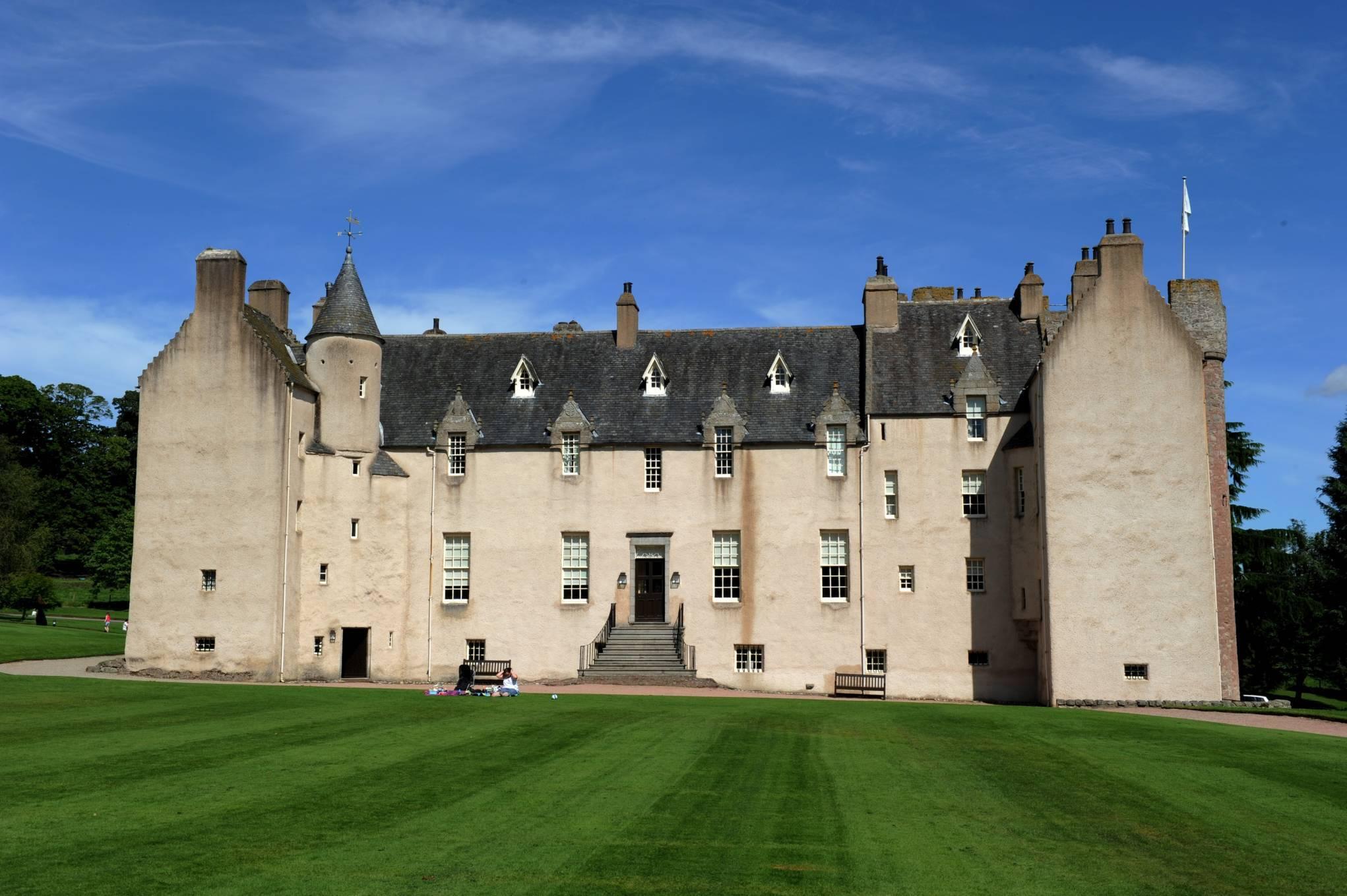 Drum Castle will host a Robert Burns themed murder mystery night