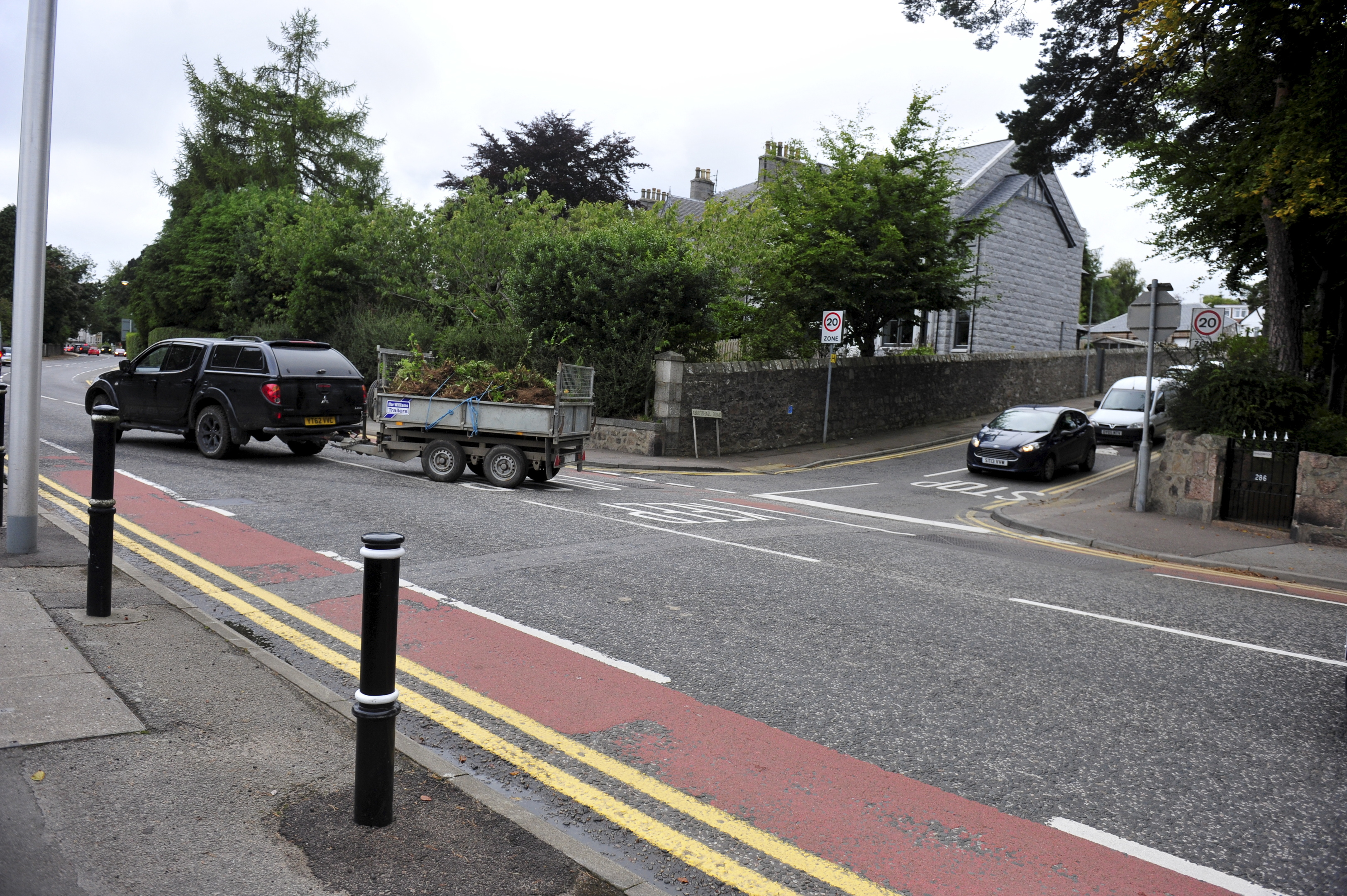 Pedestrians find it difficult to cross at the Abbotshall Road junction.