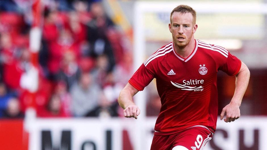 Aberdeen's Adam Rooney made no mistake from 12 yards