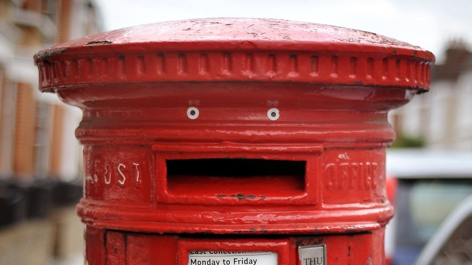 Royal Mail has announced its Christmas post deadlines