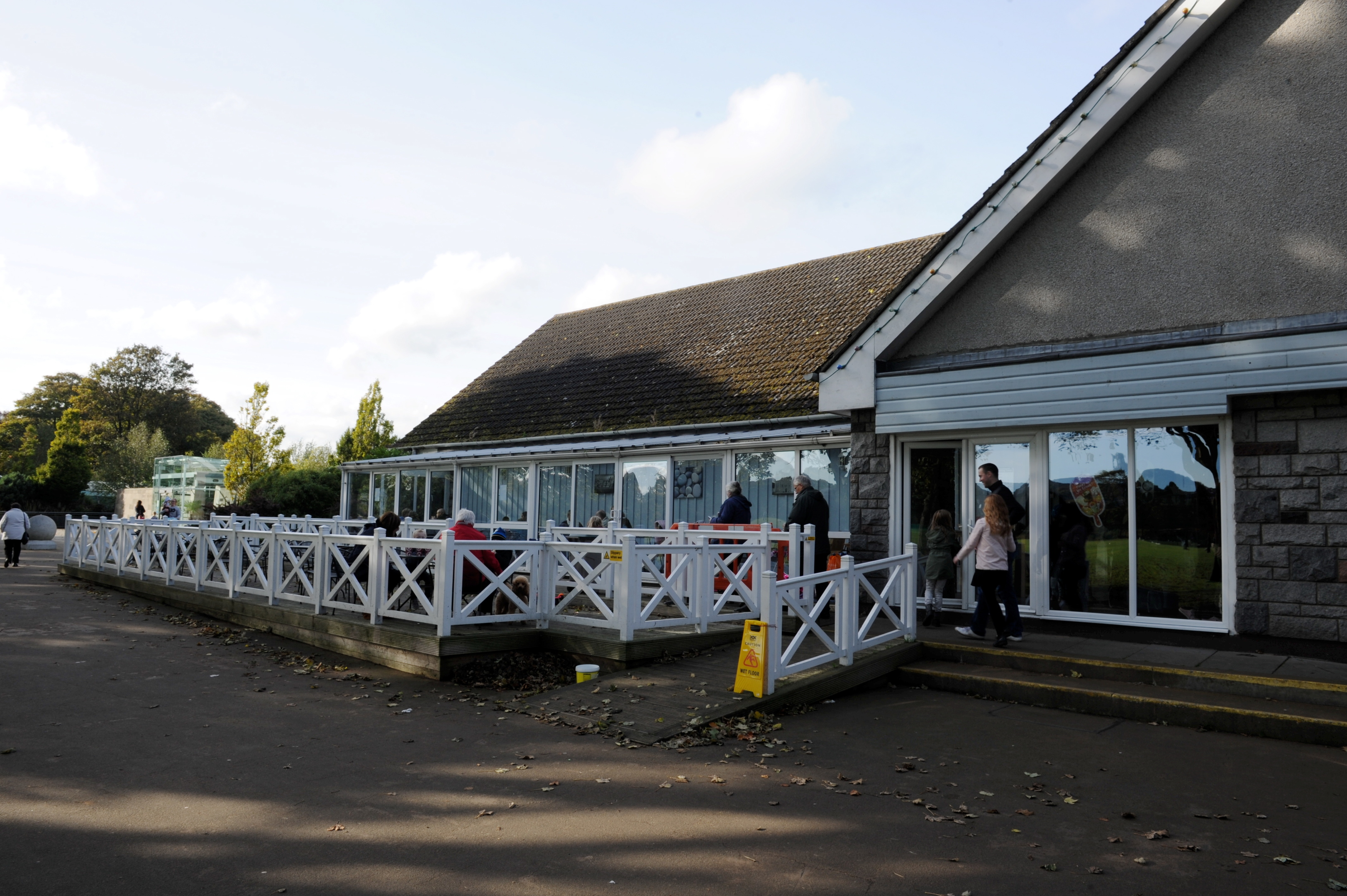 Plans for Duthie Park cafe have been approved