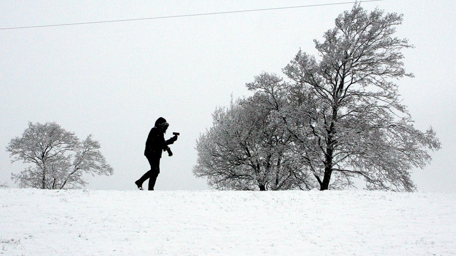 The Met Office has issued a severe weather warning for snow