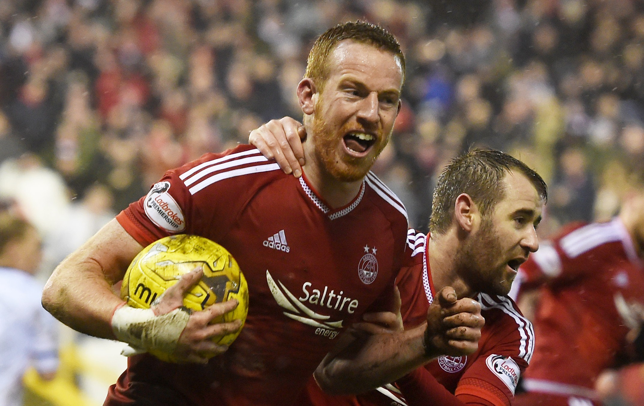 Aberdeen's Adam Rooney celebrates his goal