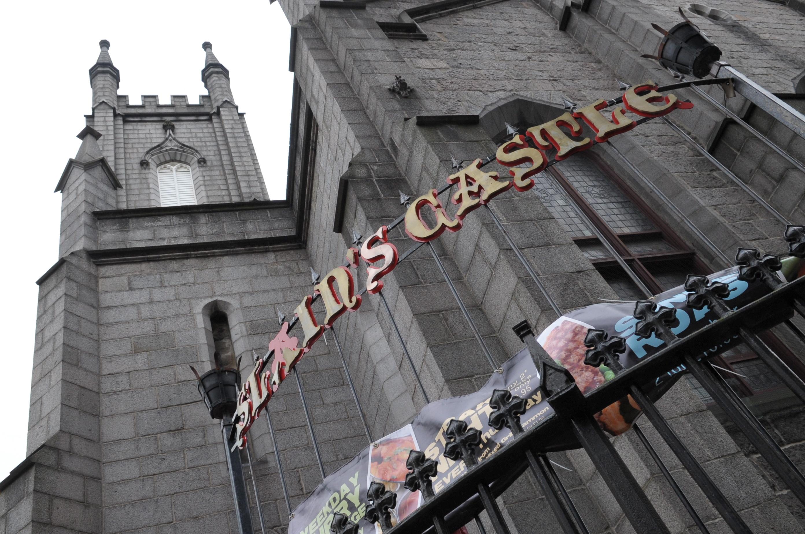 Slain's Castle on Aberdeen's be