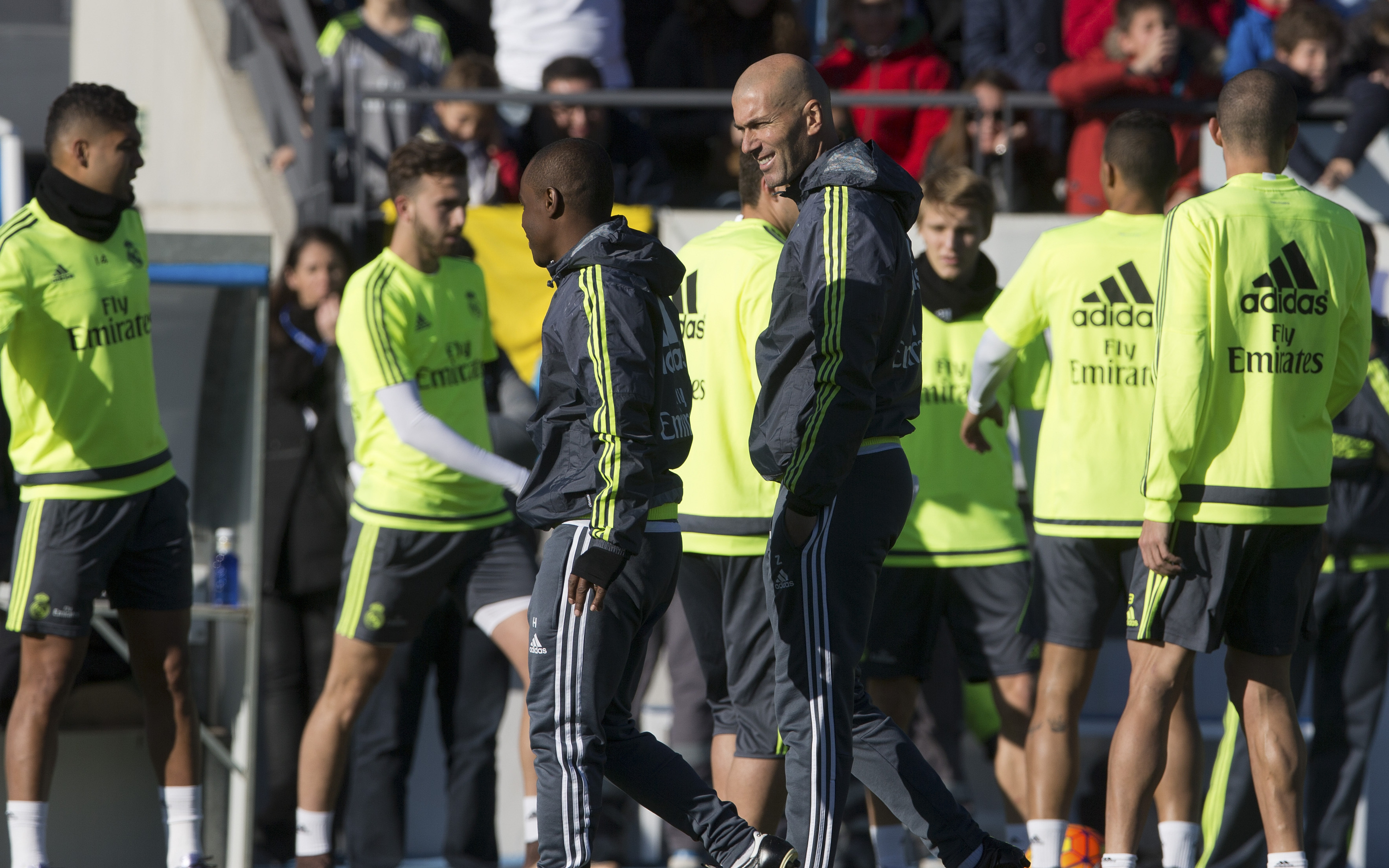 Zinedine Zidane puts his Real Madrid players through training for the first time.