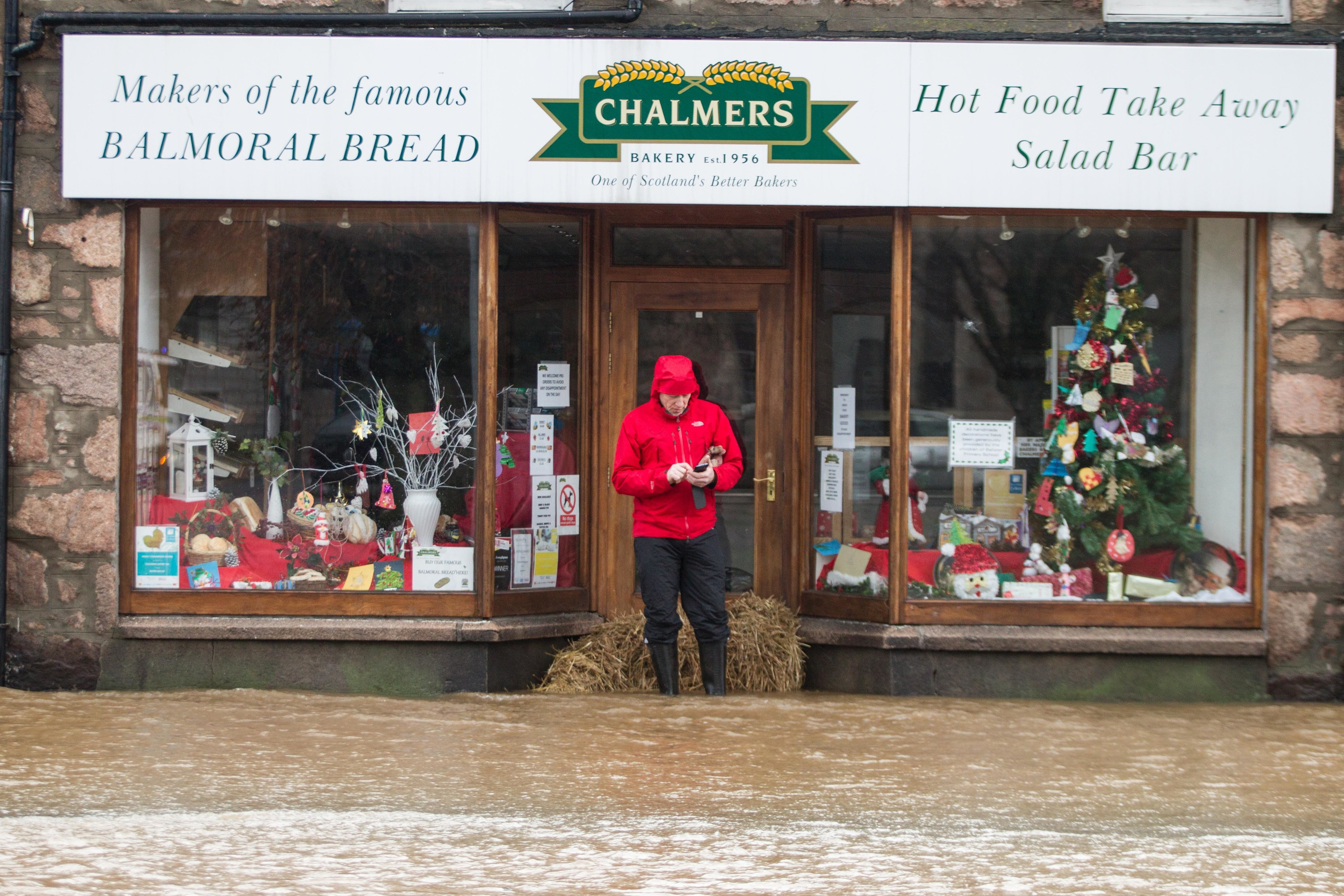 Grants of up to £1,500 are available to help flood hit properties.