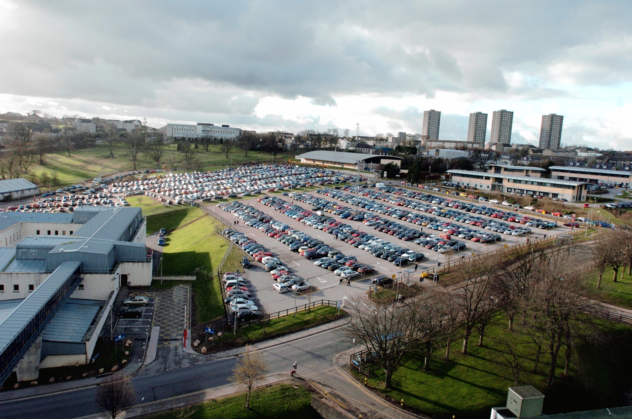 Full:  There is space for 2,000 cars with around 7,000 workers at Foresterhill.