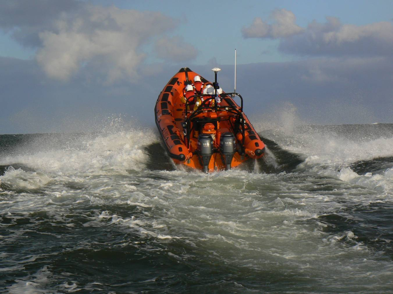 The lifeboat team from Macduff was called to assist the stranded fishermen.