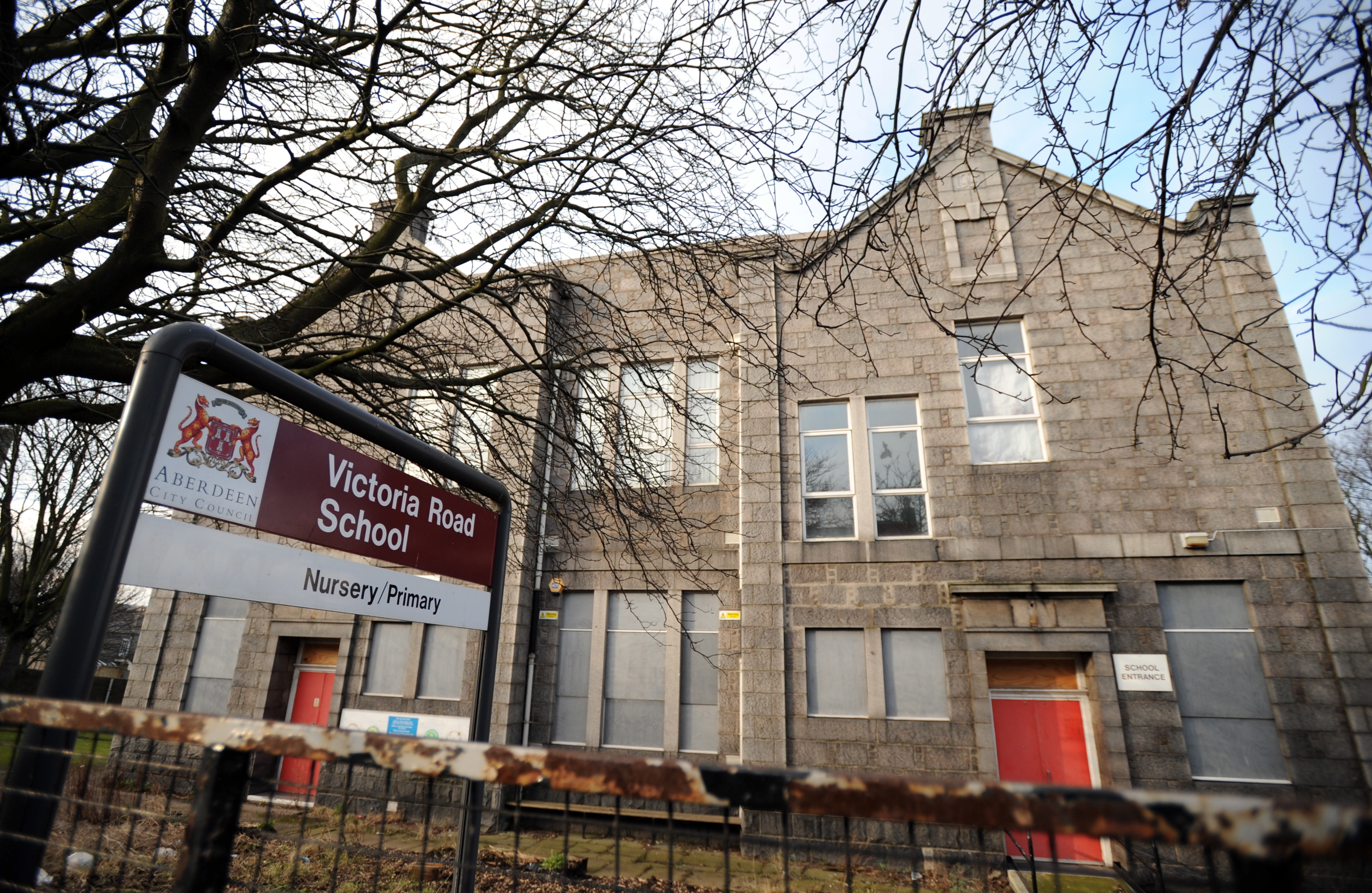 Plans have been lodged to demolish Victoria Road School and replace it with homes.