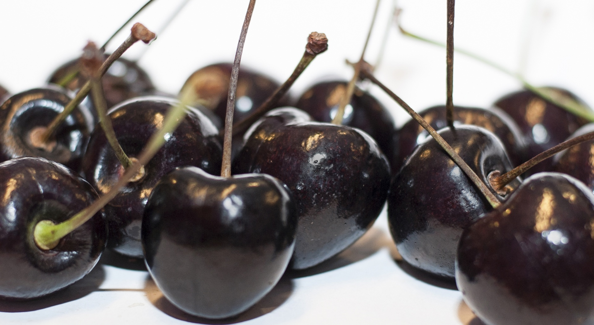 Cherries and other foods that help you sleep
