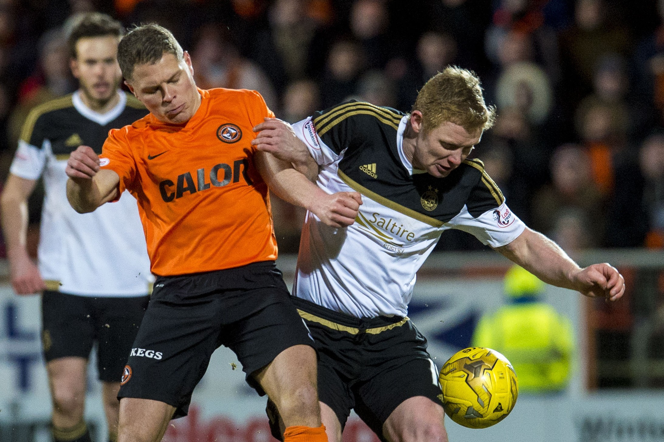 Dundee United's John Rankin, left, and  Barry Robson.