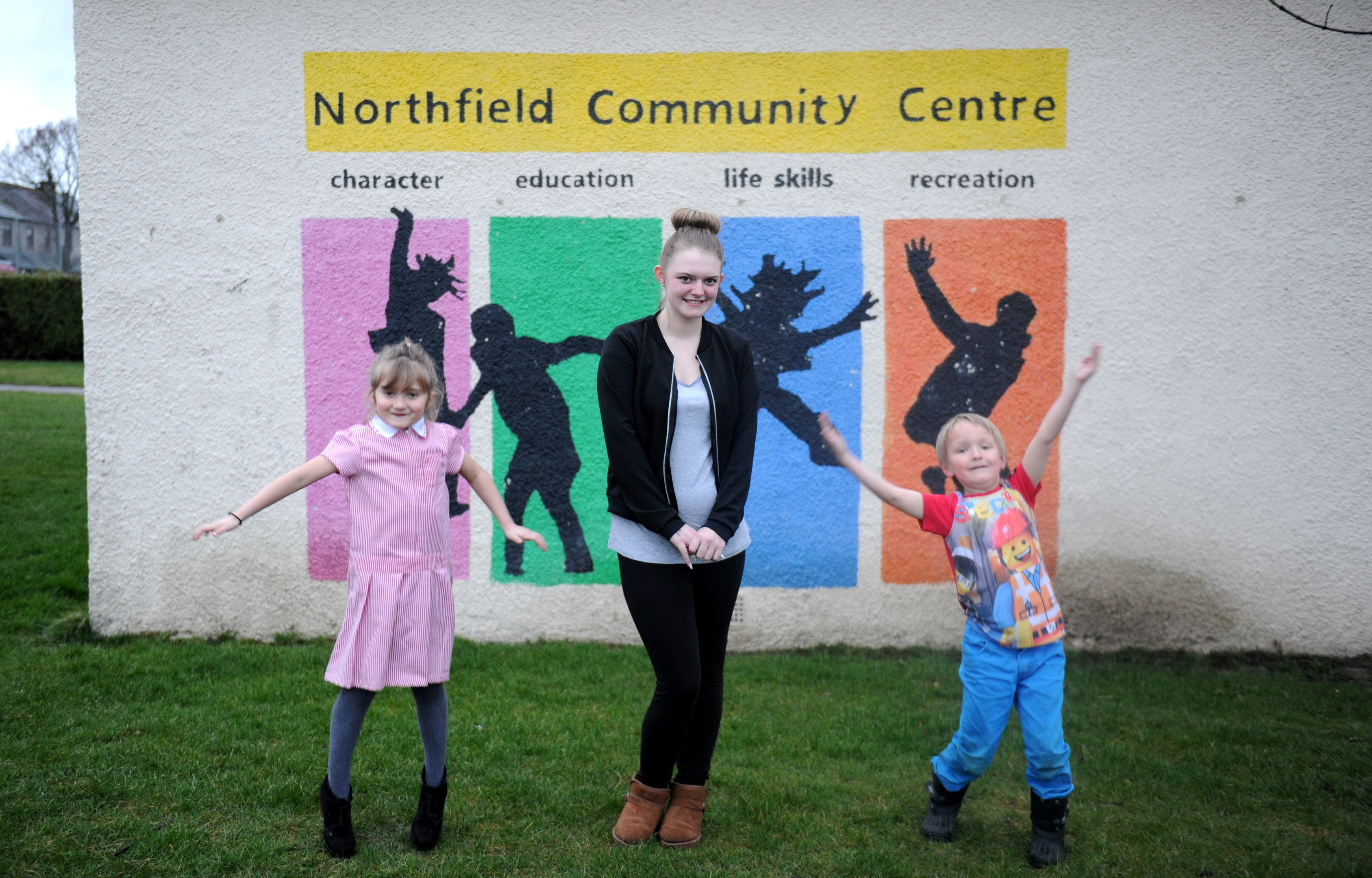 help: Cally Hendry, 5, Nicole Thomson and Jayden Baxter, 7, at Northfield Community Centre.