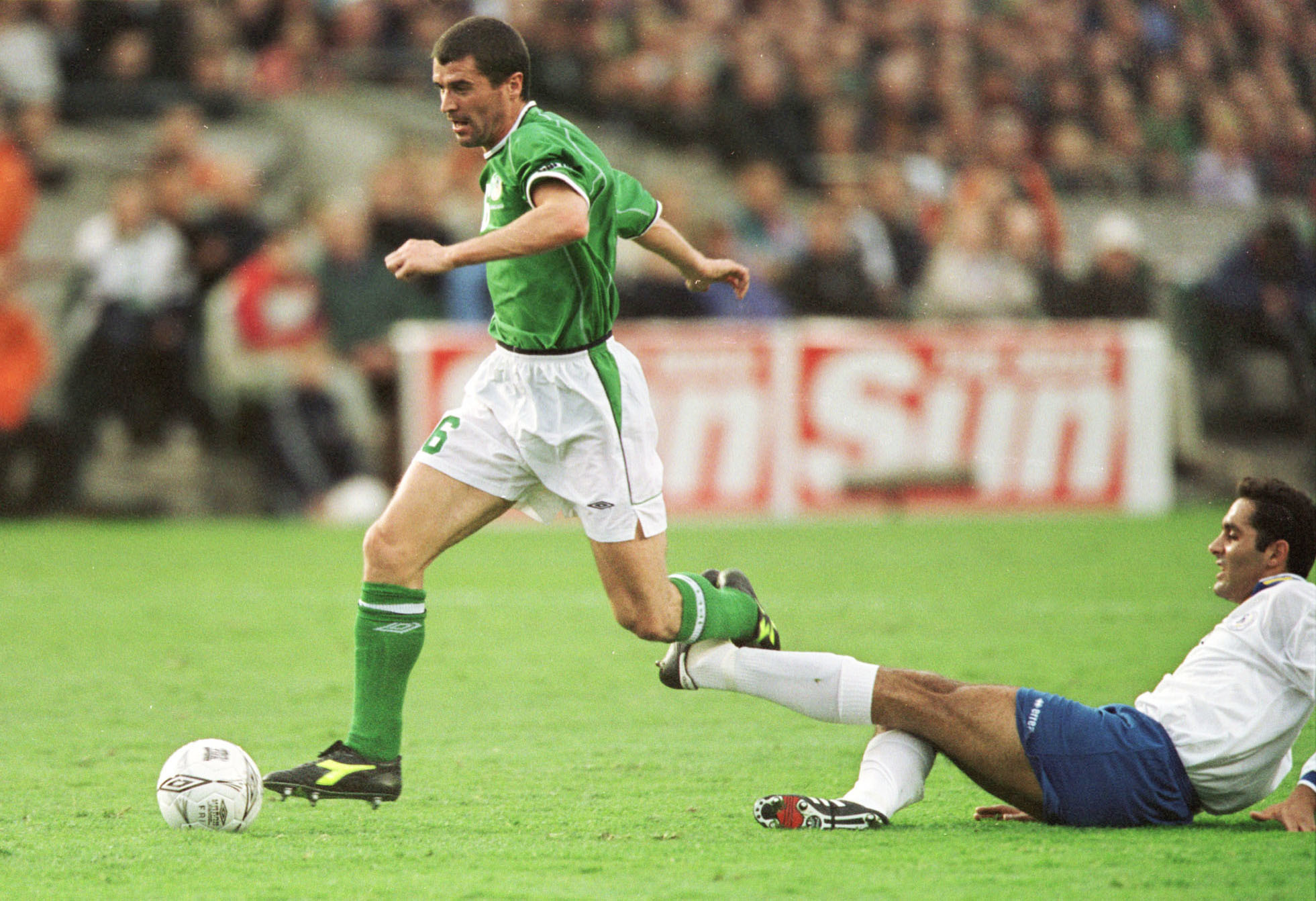 Roy Keane in action for Ireland in 2002.