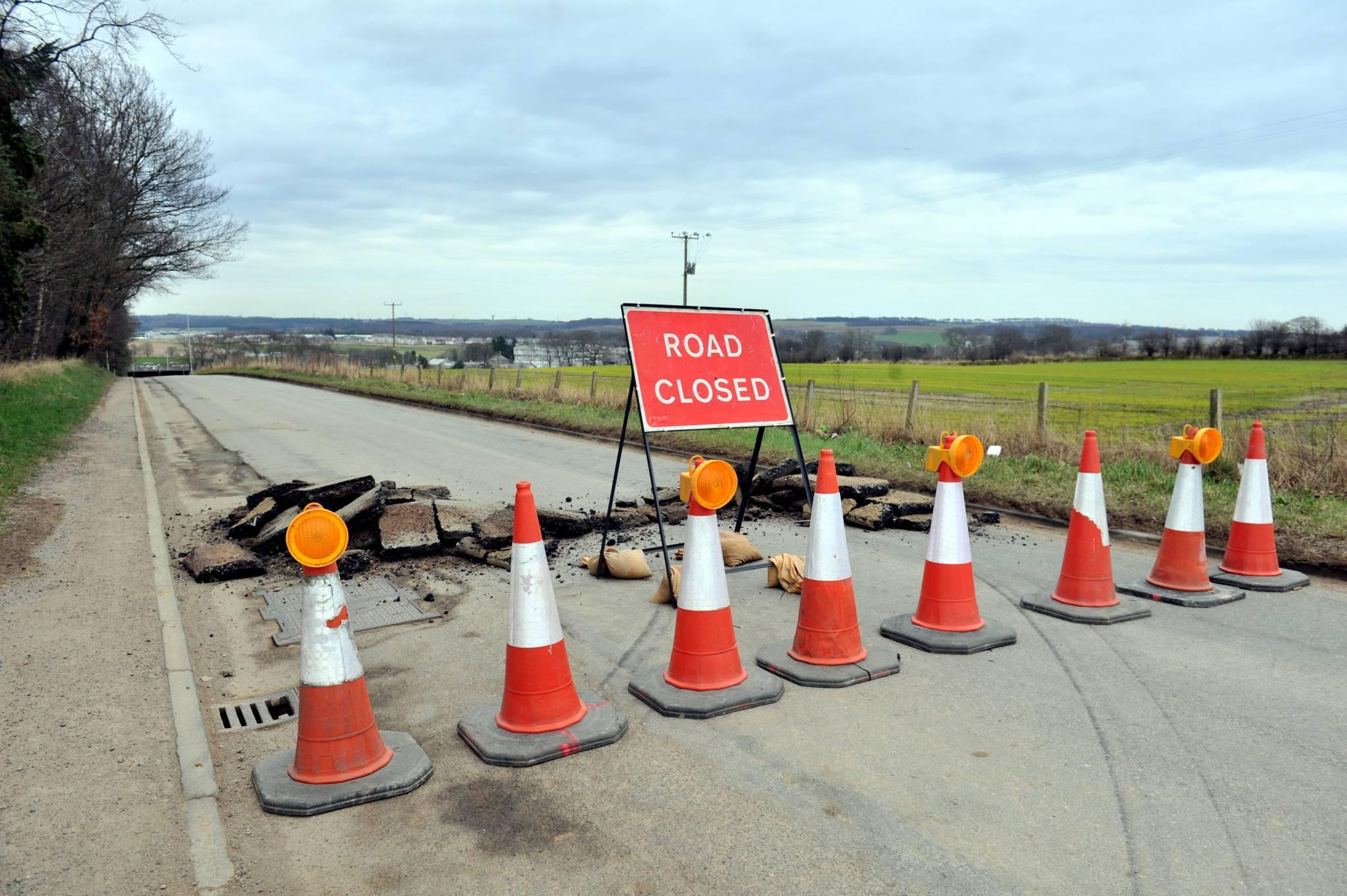 Work has begun to repair Forrit Brae off the A96.
