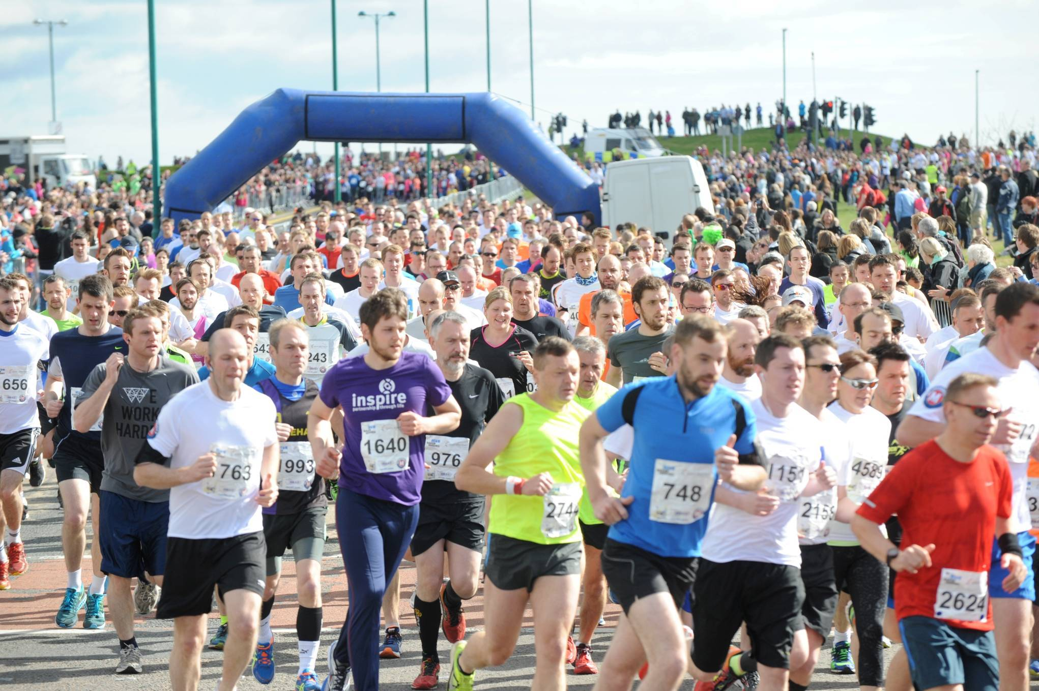 Concerns have been raised over the potential clash of the Baker Hughes 10K and Aberdeen FC's match with Celtic.