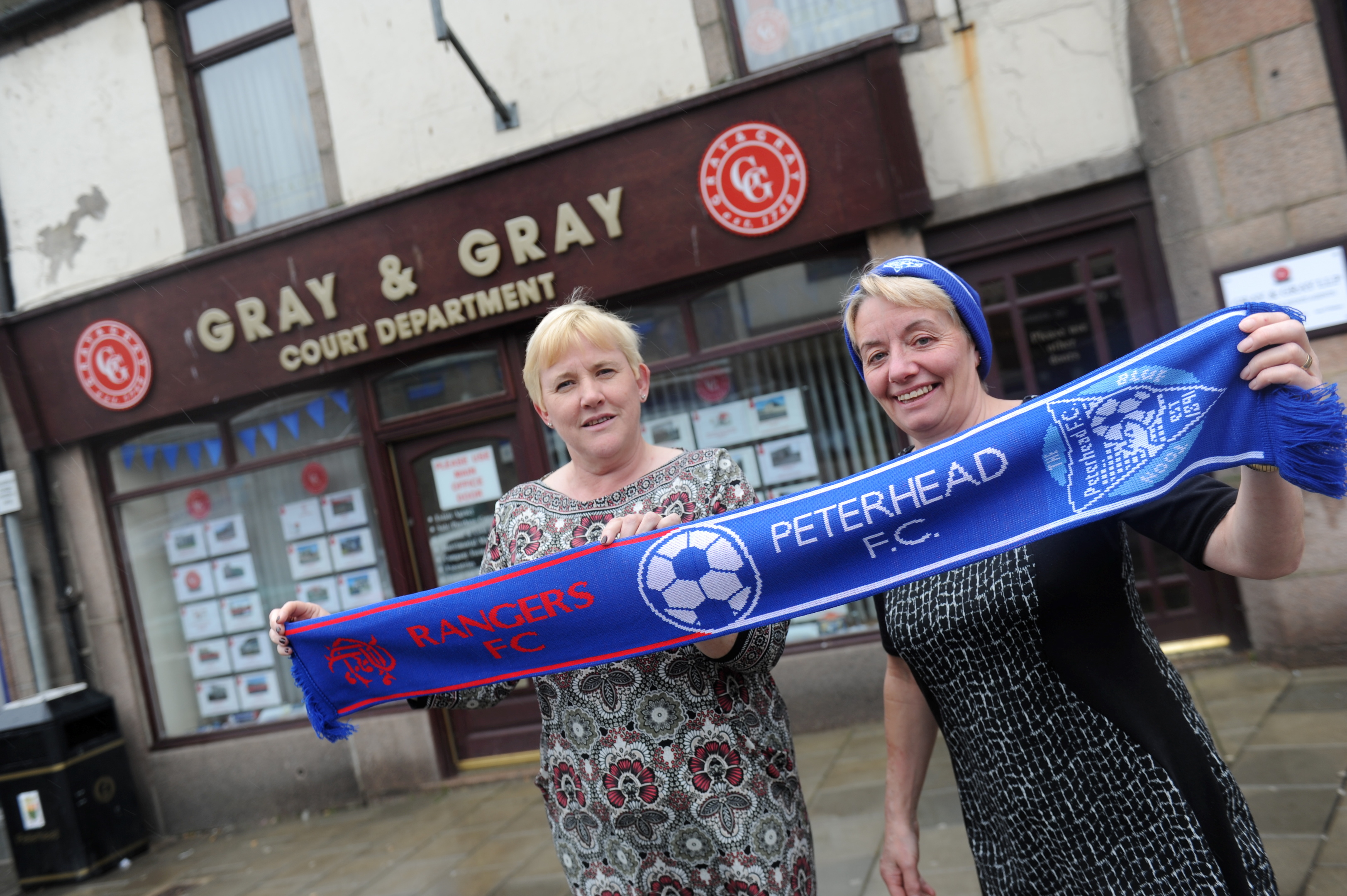Susan Durrant and Linda Joiner are hoping for a Blue Toon win.