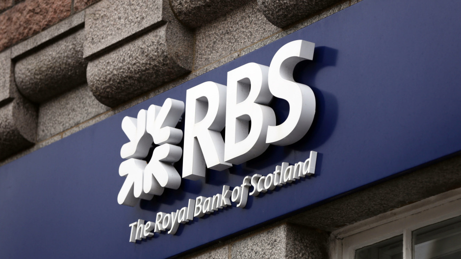 In plans submitted to Aberdeenshire Council, the Banchory unit which used to be the Royal Bank of Scotland will be split in two.