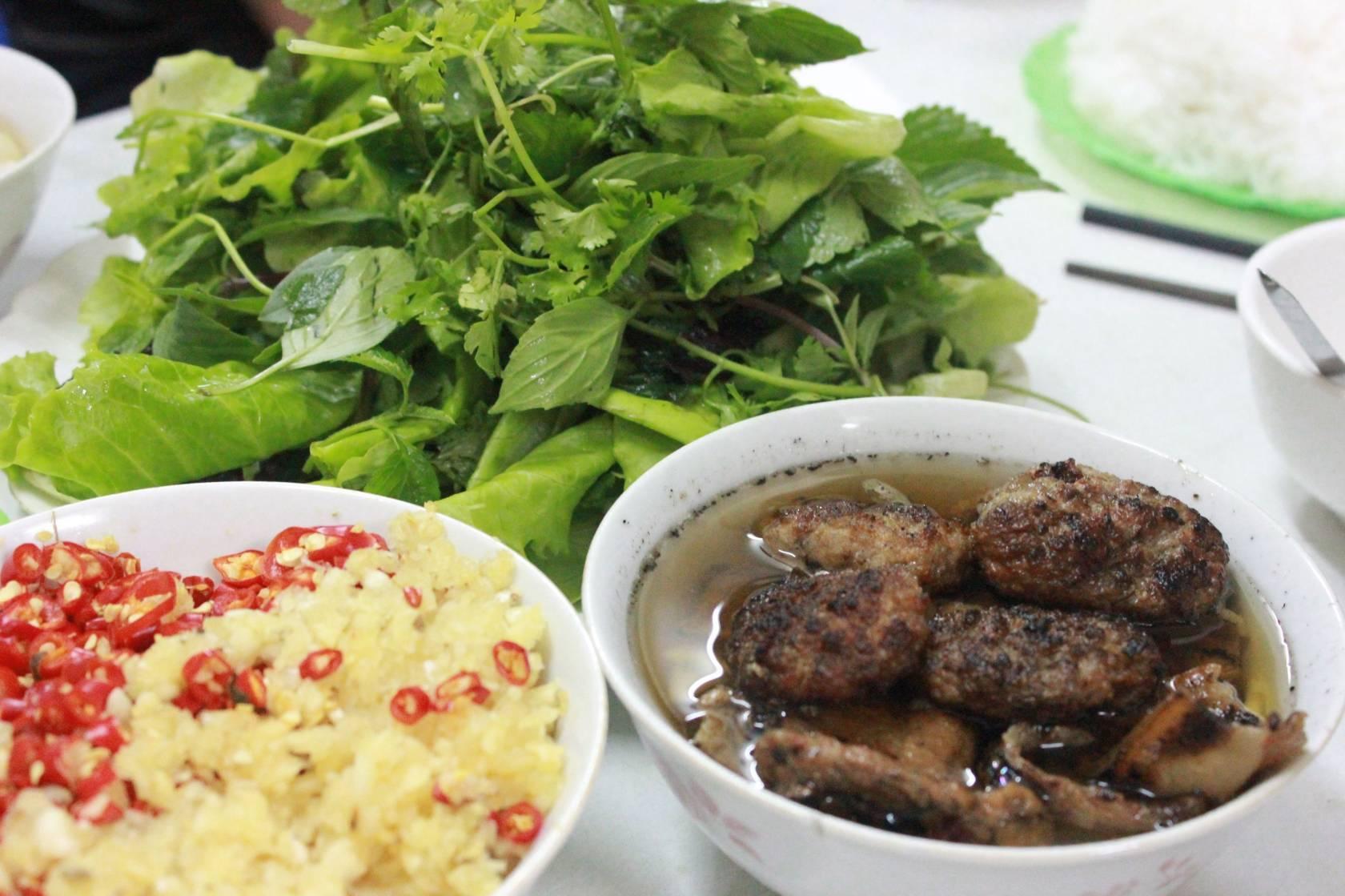 TRAVEL Vietnam 093677
