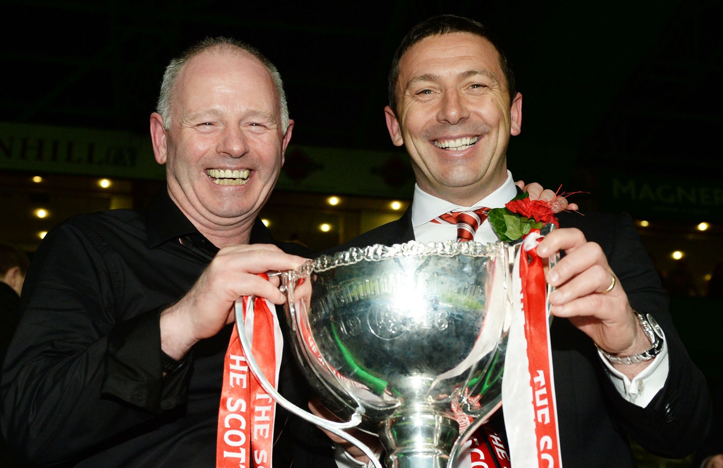 Derek McInnes, right, and chairman Stewart Milne with the League Cup in March 2014.