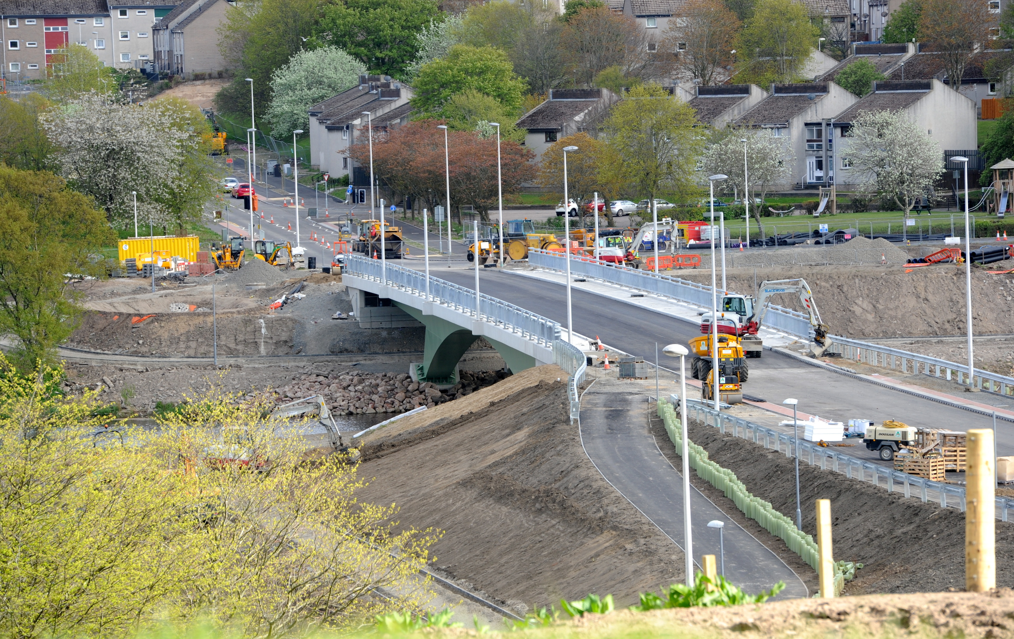 The under-construction Third Don Crossing looking towards Tillydrone.