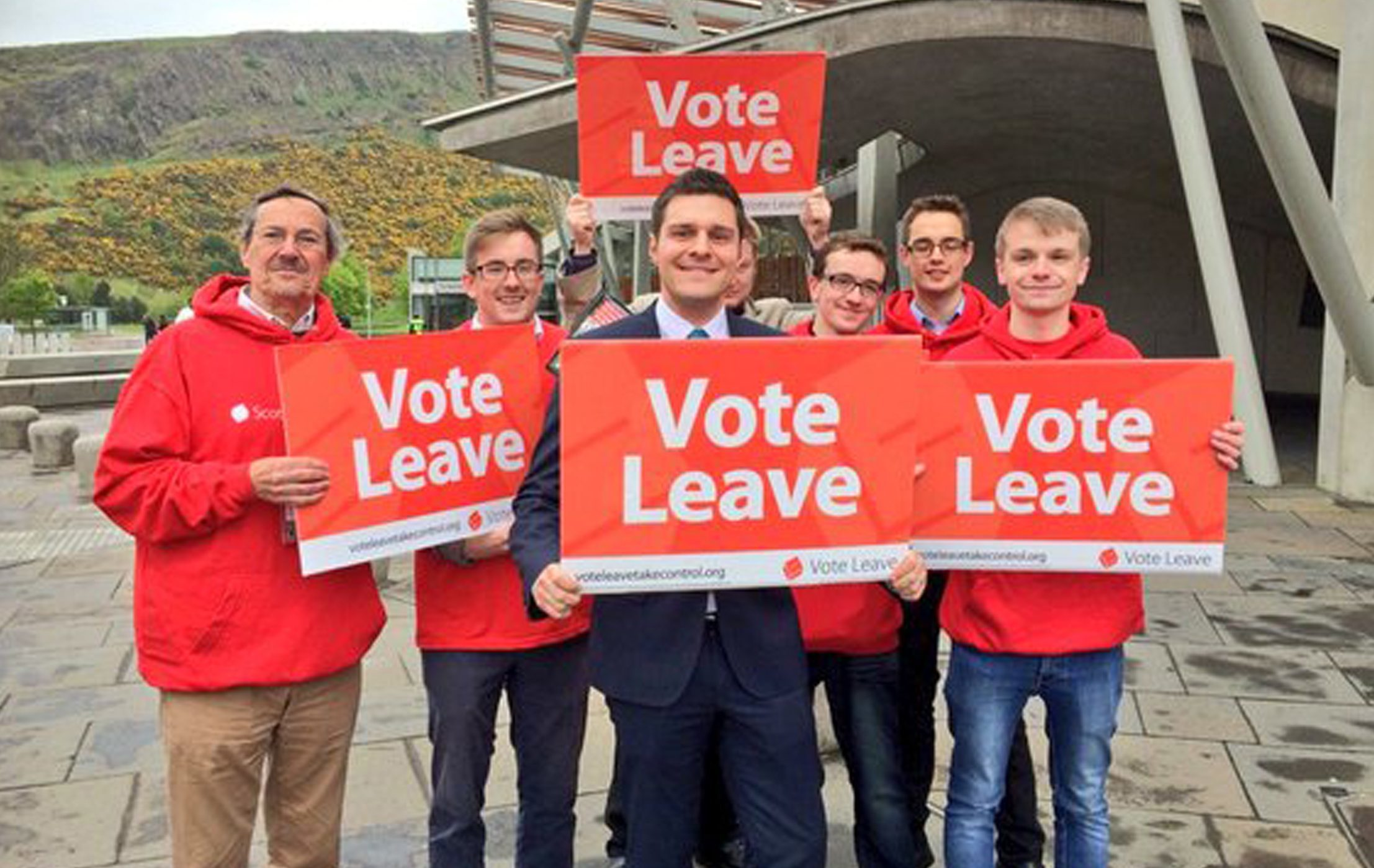Ross Thomson MSP with campaigners.