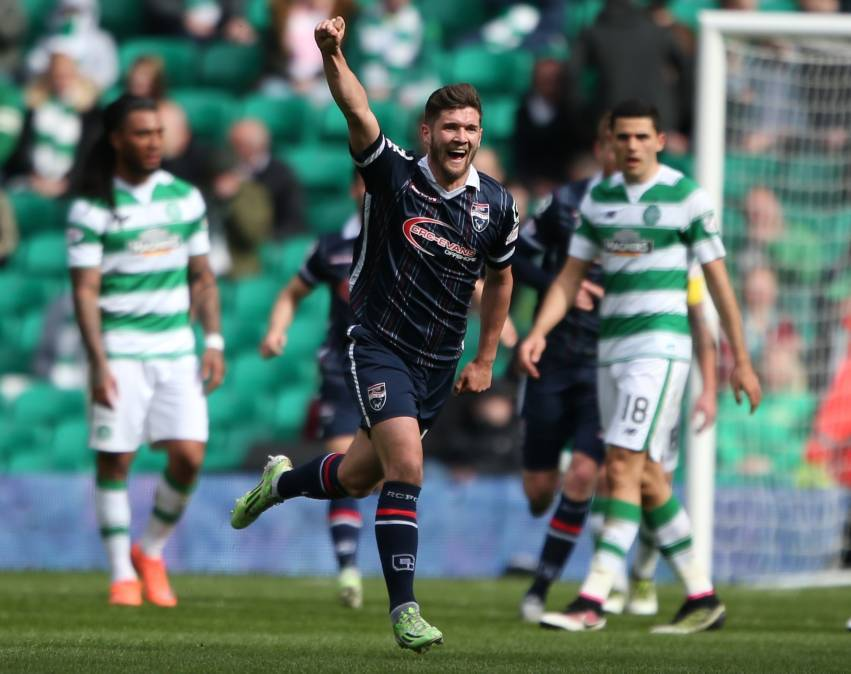 Stewart Murdoch previously played for Ross County.