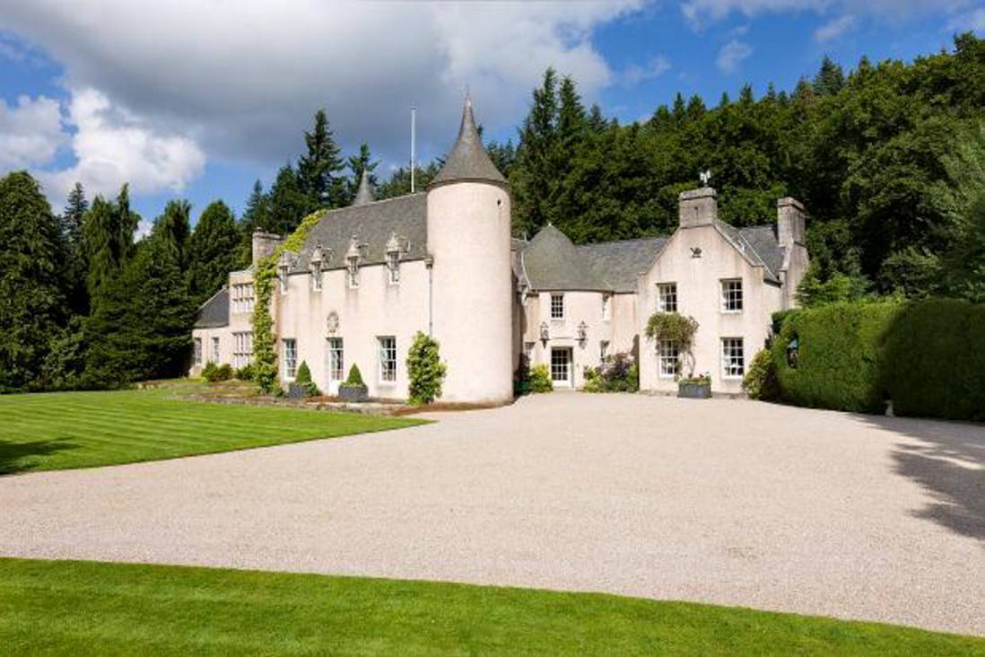 Candacraig House.