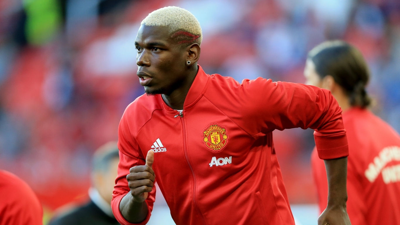Manchester United's Paul Pogba during warm-up