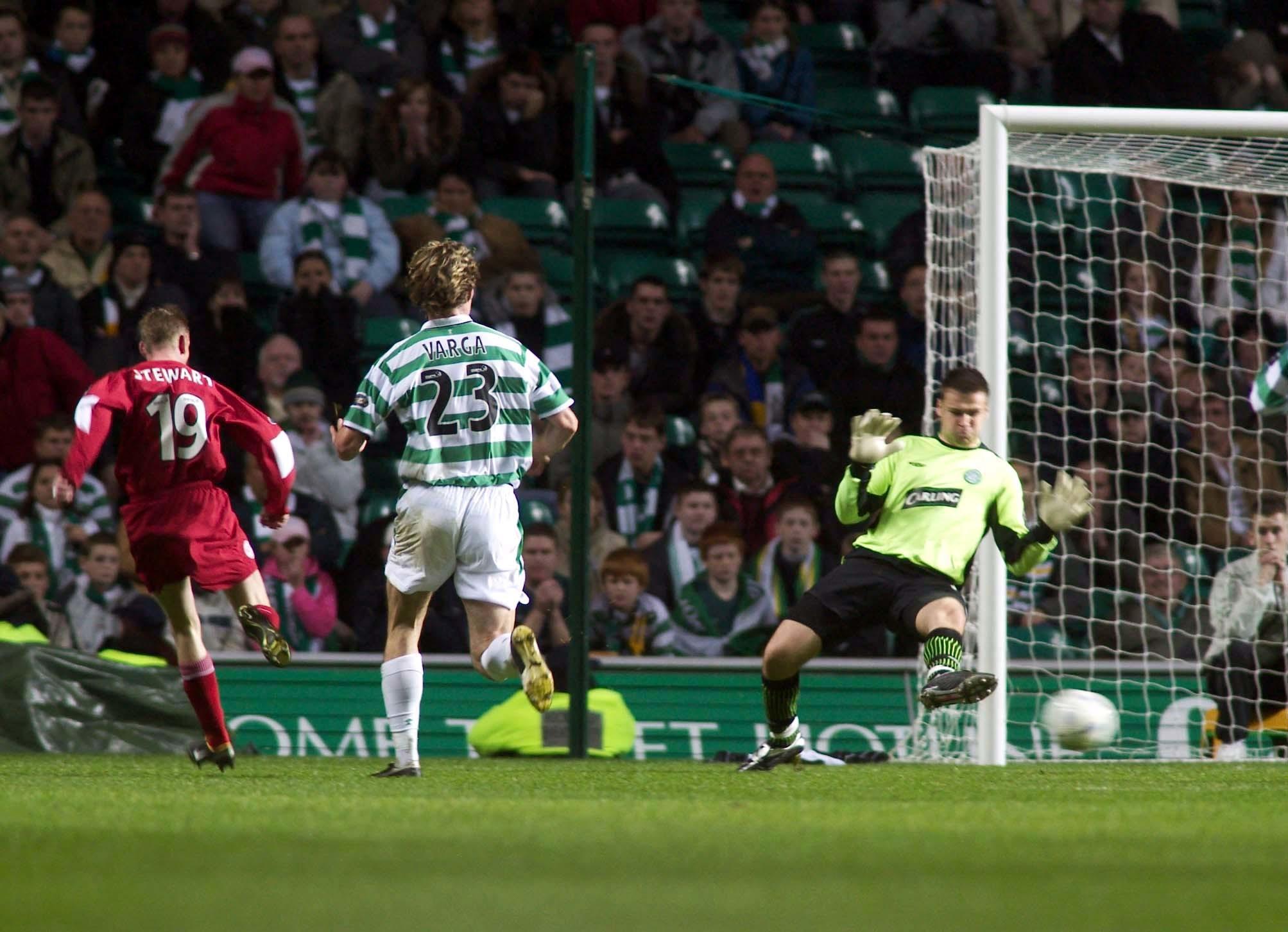 John Stewart made it 3-2 for Aberdeen at Celtic.