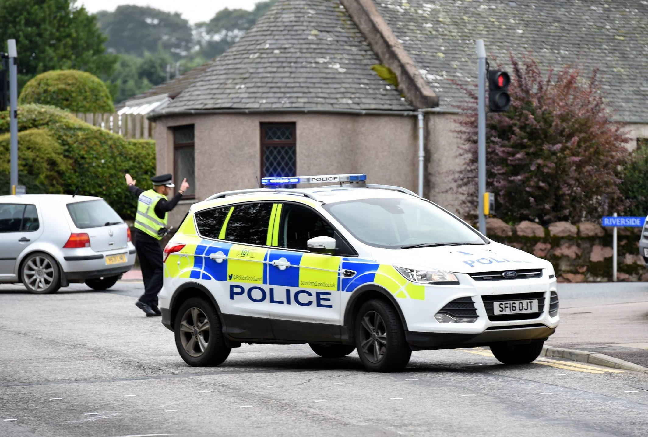 Police had to close the bridge going over the River Ythan in Ellon following the incident.