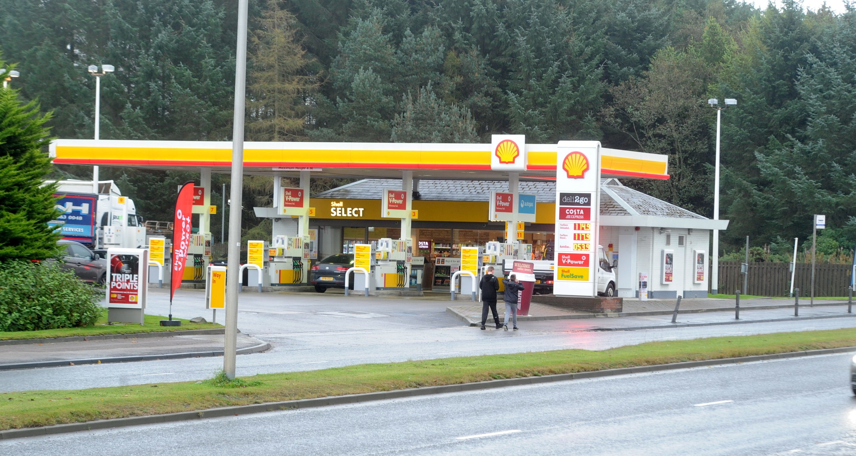 fill up: An application to sell alcohol  at  the Shell petrol station on Wellington Road has been lodged with Aberdeen City Council.