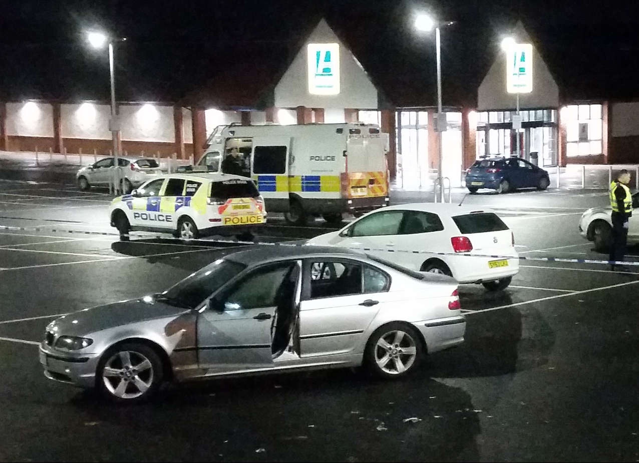 A section of the car park outside the Aldi store on Foresterhill Road was cordoned off.