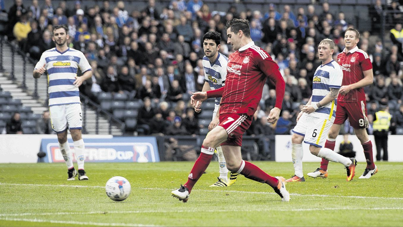 Kenny McLean taps home Aberdeen's second against Morton.