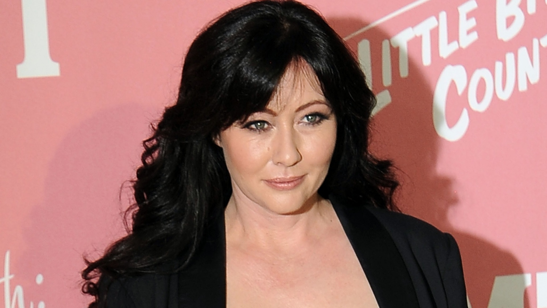 Shannen Doherty Reveals Stage Four Breast Cancer Diagnosis