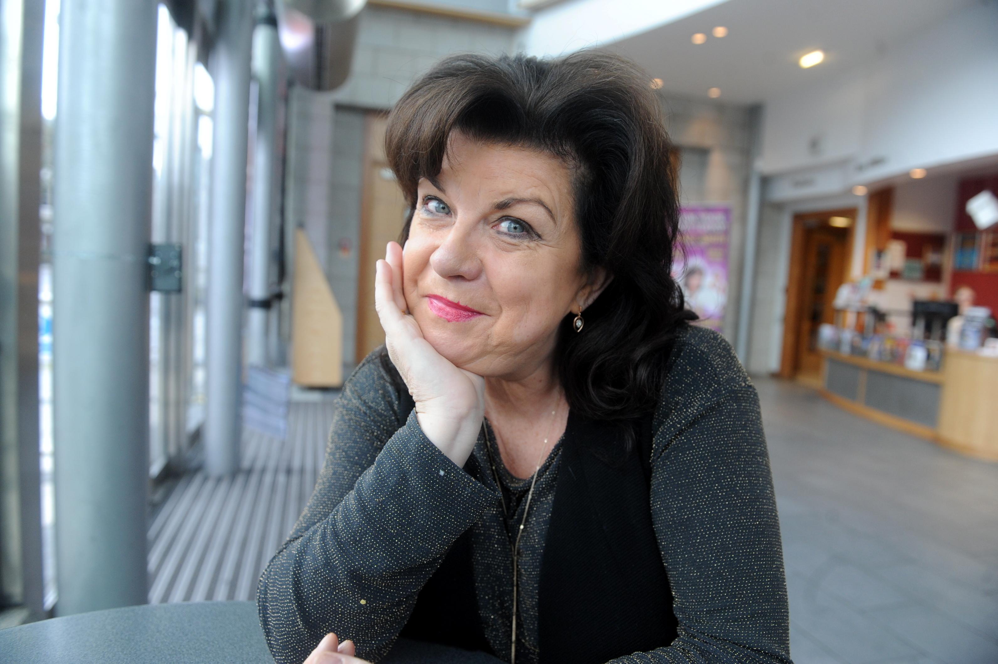 Elaine C Smith will take part in Dick McWhittington at HMT.