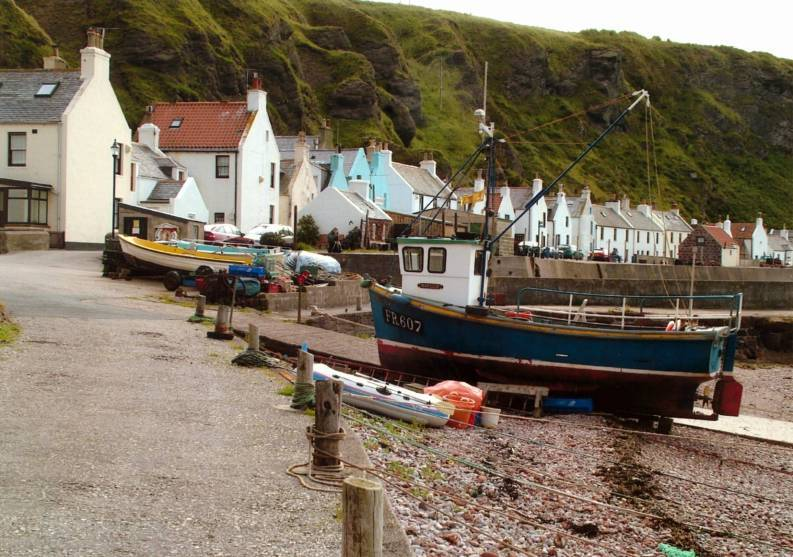 Plans for an electric vehicle charging point in Pennan have been approved.