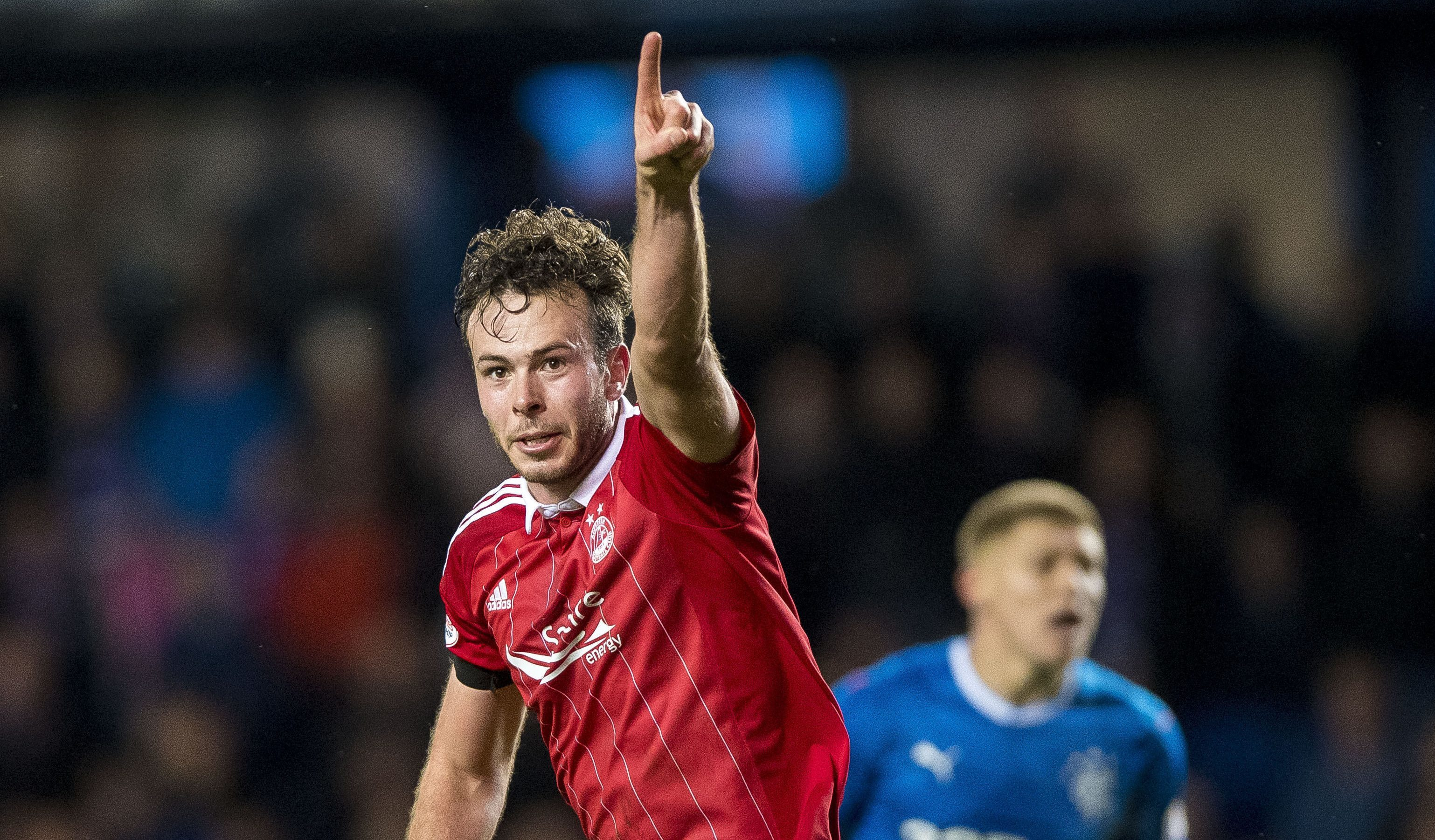 Andrew Considine has signed a new deal.