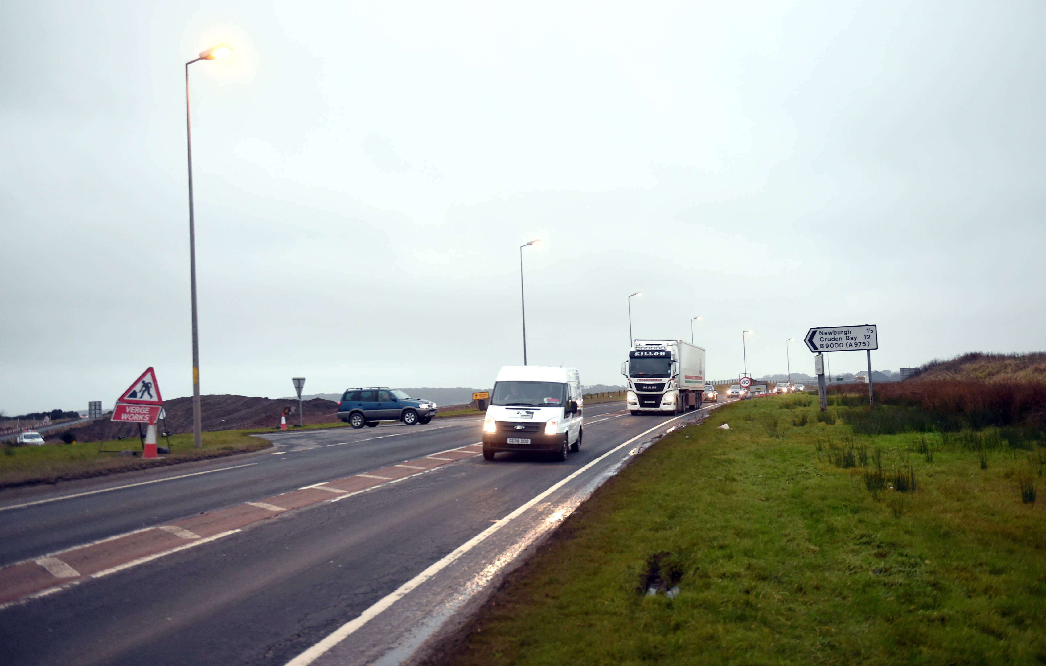 The speed limit on the B9000 Newburgh to the A90 junction will be halved for six months.