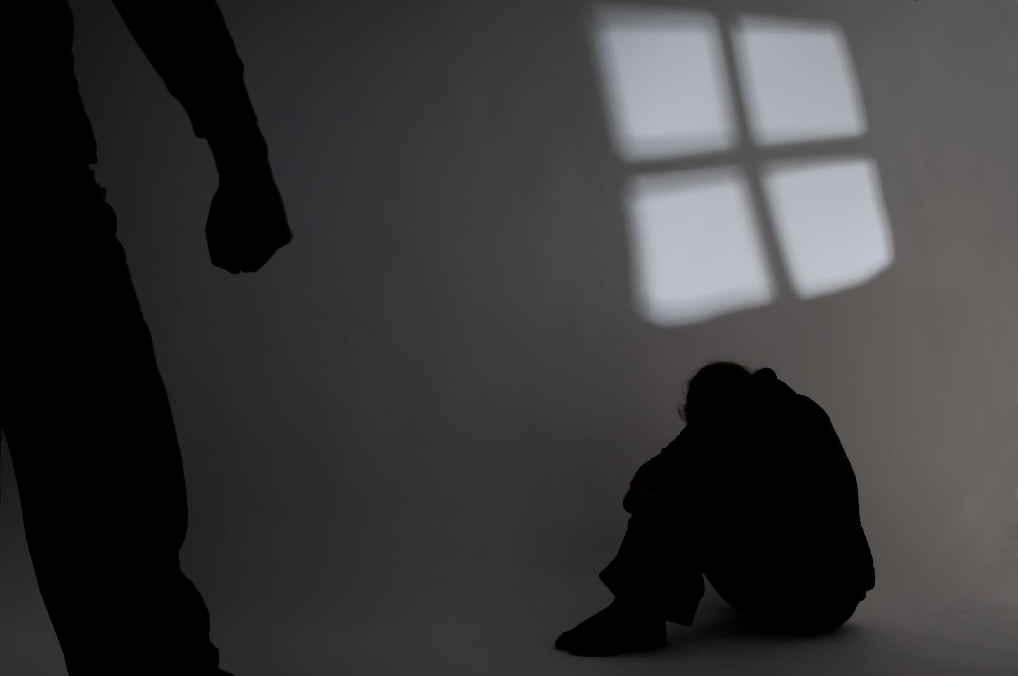 Less than a third of Aberdeen men  convicted of domestic abuse finished the course.