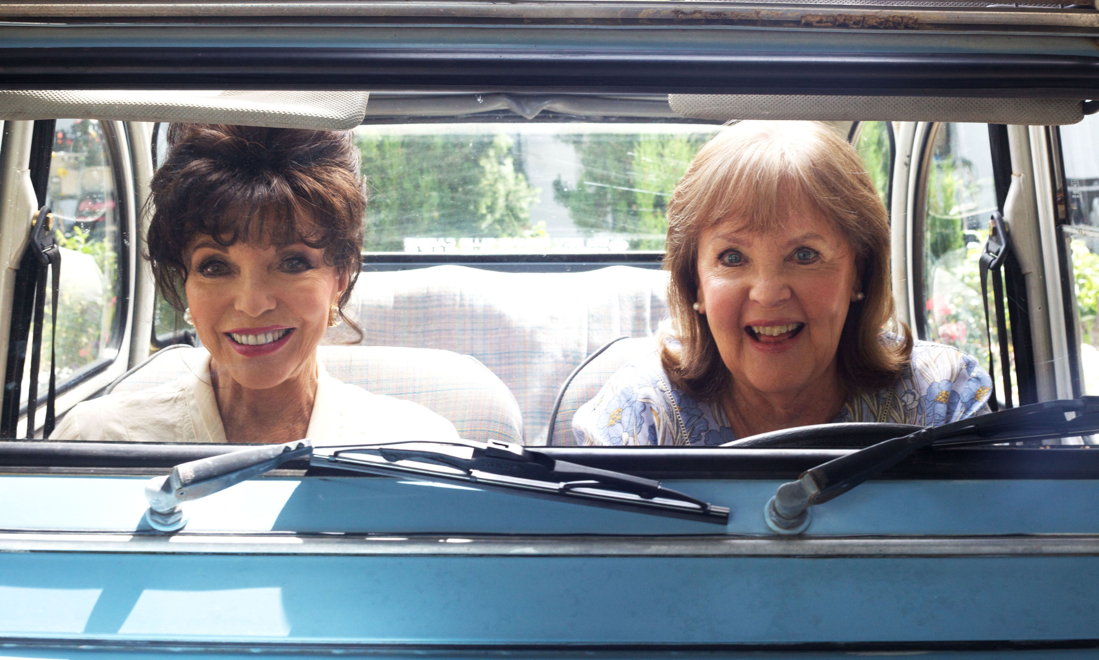 Undated Film Still Handout from The Time Of Their Lives. Pictured: Pauline Collins as Priscilla and Joan Collins as Helen. See PA Feature FILM Reviews. Picture credit should read: PA Photo/Organic Publicity. WARNING: This picture must only be used to accompany PA Feature FILM Reviews.