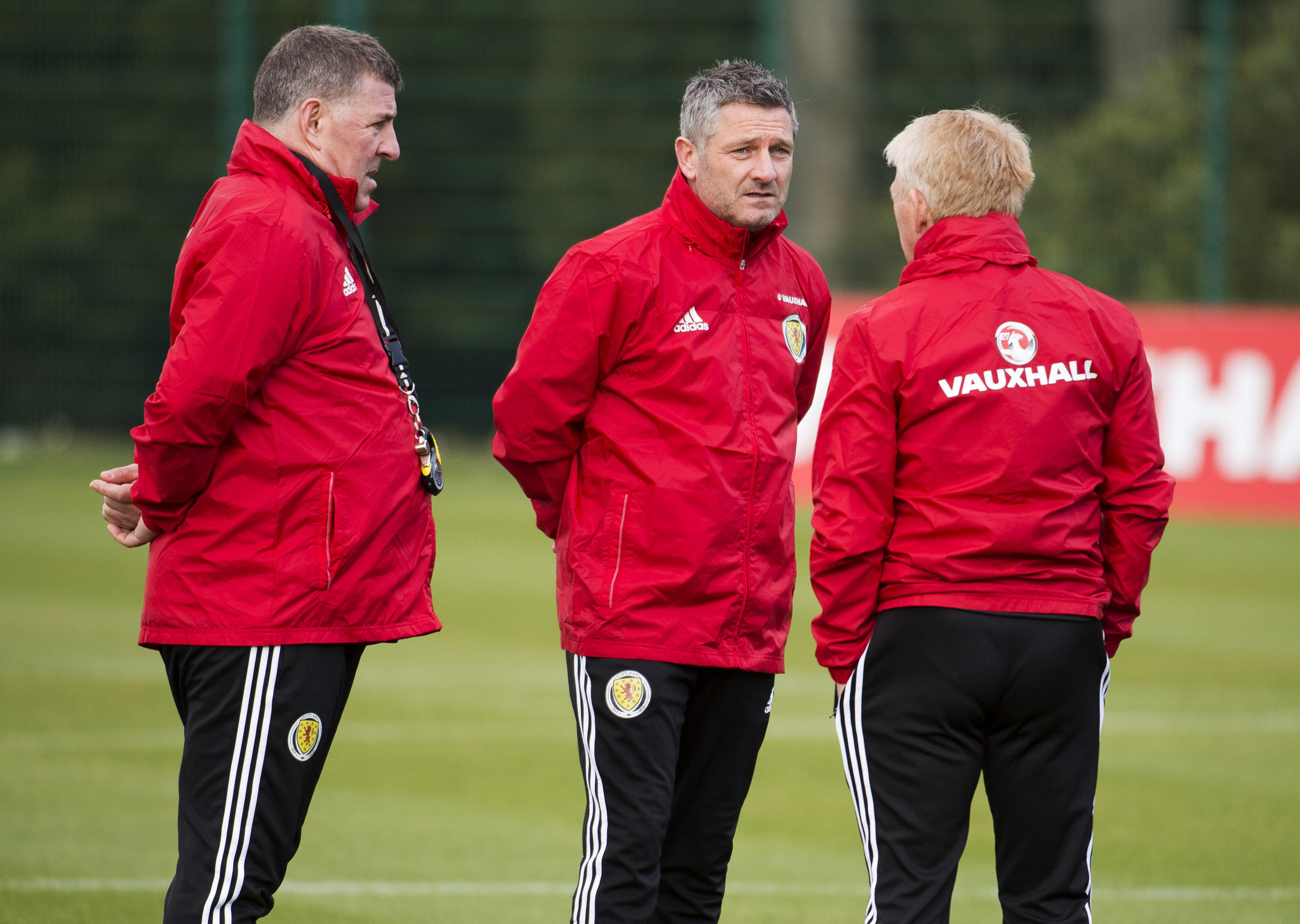 Tony Docherty, centre, with Scotland boss Gordon Strachan.