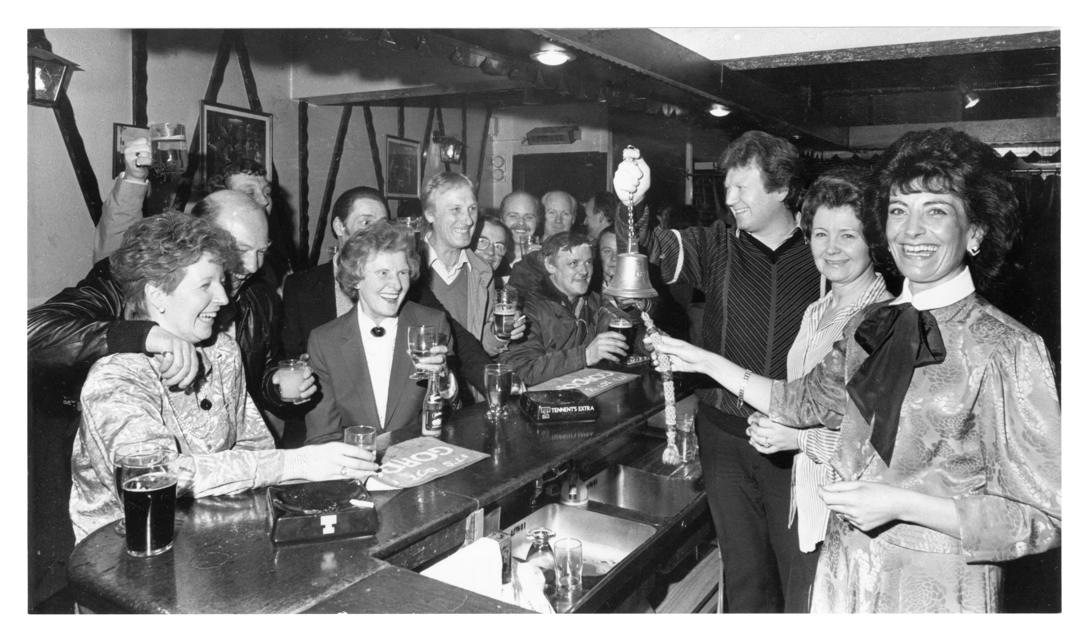 Locals gathered to toast The Swan Bar on Loch Street as the bell was rung there for the last time.