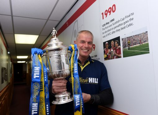 Theo Snelders with the Scottish Cup at Pittodrie