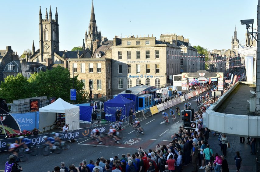 Tour Series Cycling Round 8 Aberdeen Elite Race Pictured are cyclists at the start of the race. Picture by DARRELL BENNS     Pictured on 25/05/2017