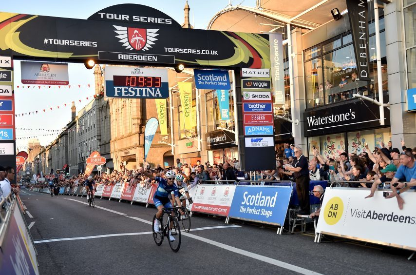 Tour Series Cycling Round 8 Aberdeen Elite Race Pictured is Round Winner, Jack Pullar from Bike Channel Canyon crossing the finish line to win. Picture by DARRELL BENNS     Pictured on 25/05/2017