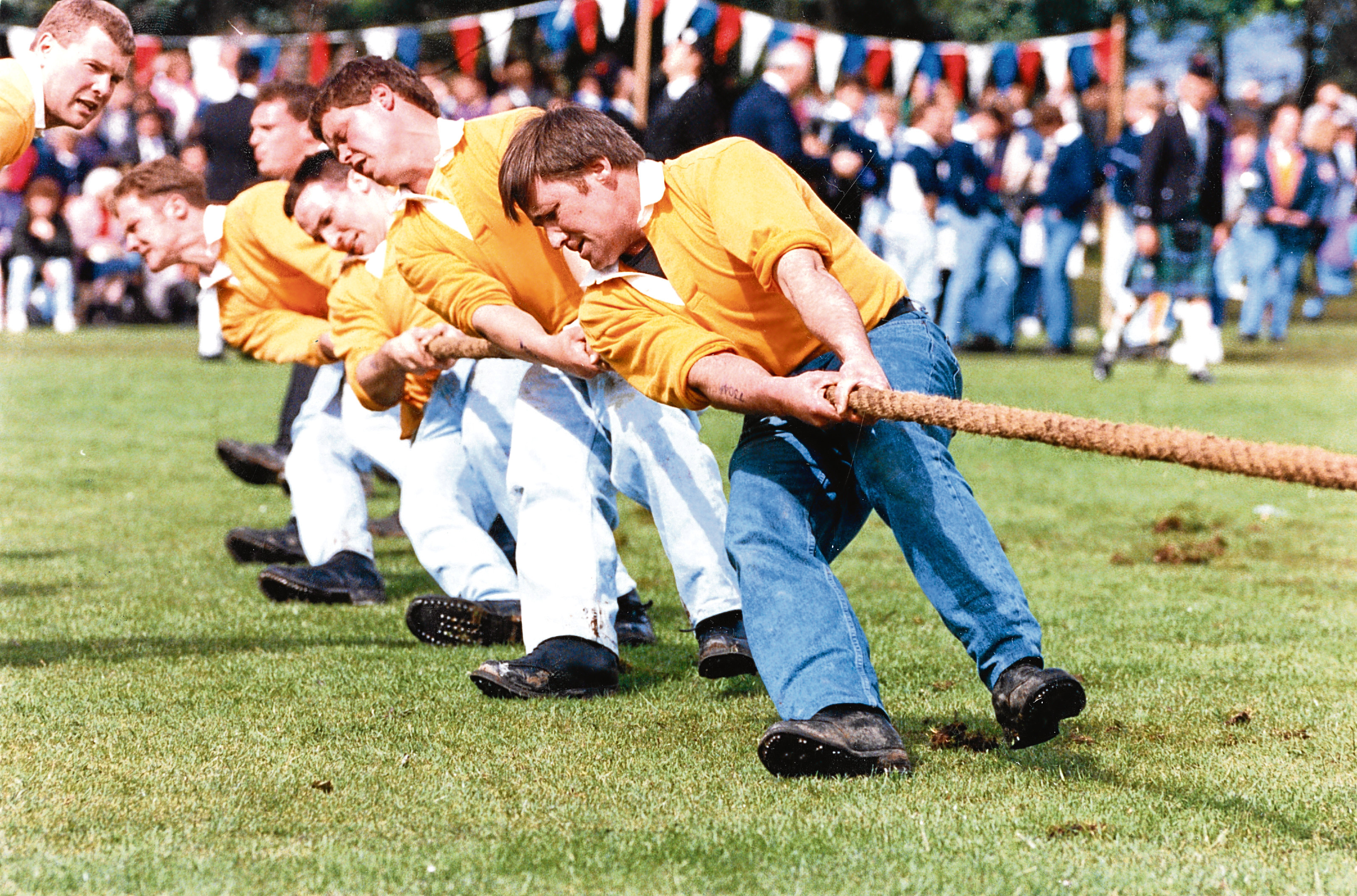 Cornhill Gordon Arms Hotel tug o' war team in action at the Oldmeldrum games