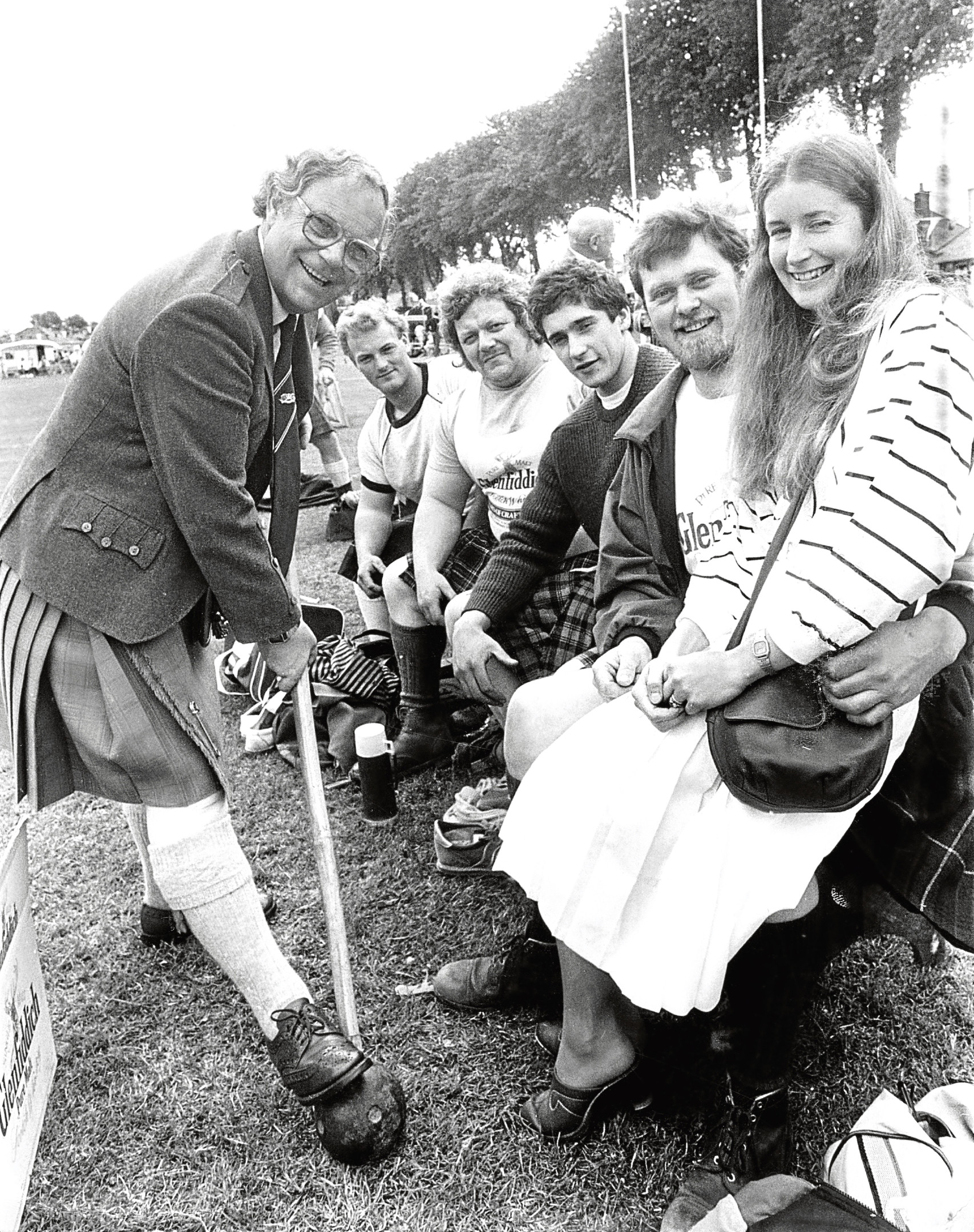 Beechgrove Garden presenters Jim McColl and Carole Baxter paid a visit to the games in 1987.