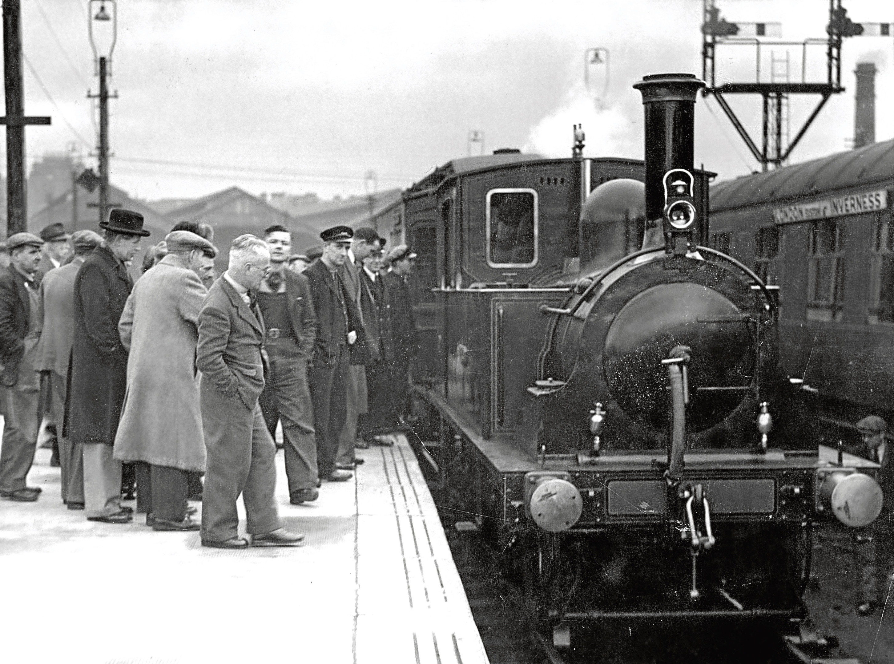 The steam locomotive City of Aberdeen being loaded on to a truck for transport to the Scottish Railway Preservation Society's Falkirk depot.