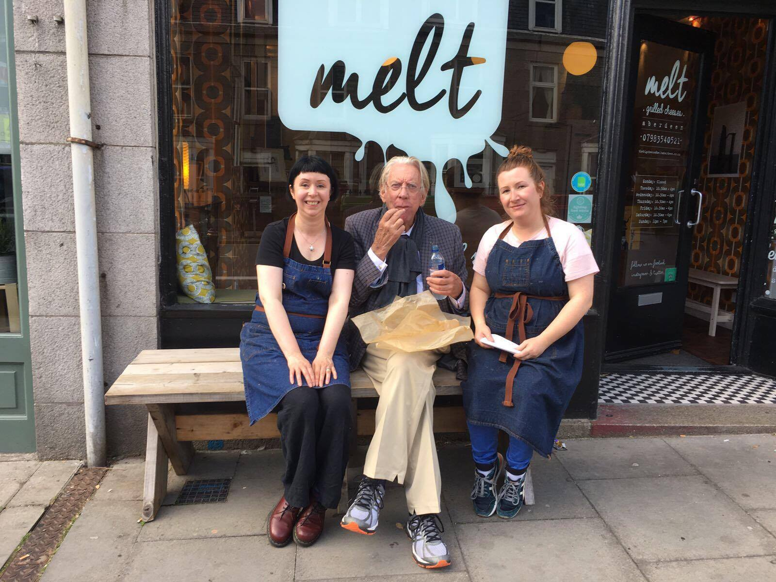 Donald Sutherland with Melt staff Catriona Platten, left and Melanie Mckay, right