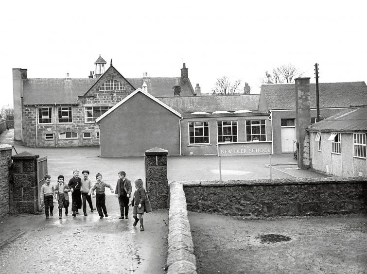 1963: New Deer school with some of its pupils exiting through the gates